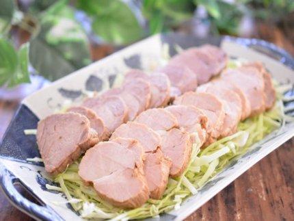 初心者でも超簡単!万能で美味しい塩ゆで豚を圧力鍋で作る方法