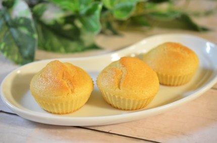 「米粉のカップケーキ」簡単!卵・バター不使用で混ぜるだけ!